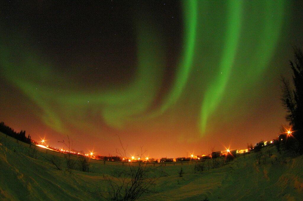 Nordlichter über Yellowknife, der Hauptstadt der Northwest Territories. Foto Xander / CC BY 2.0