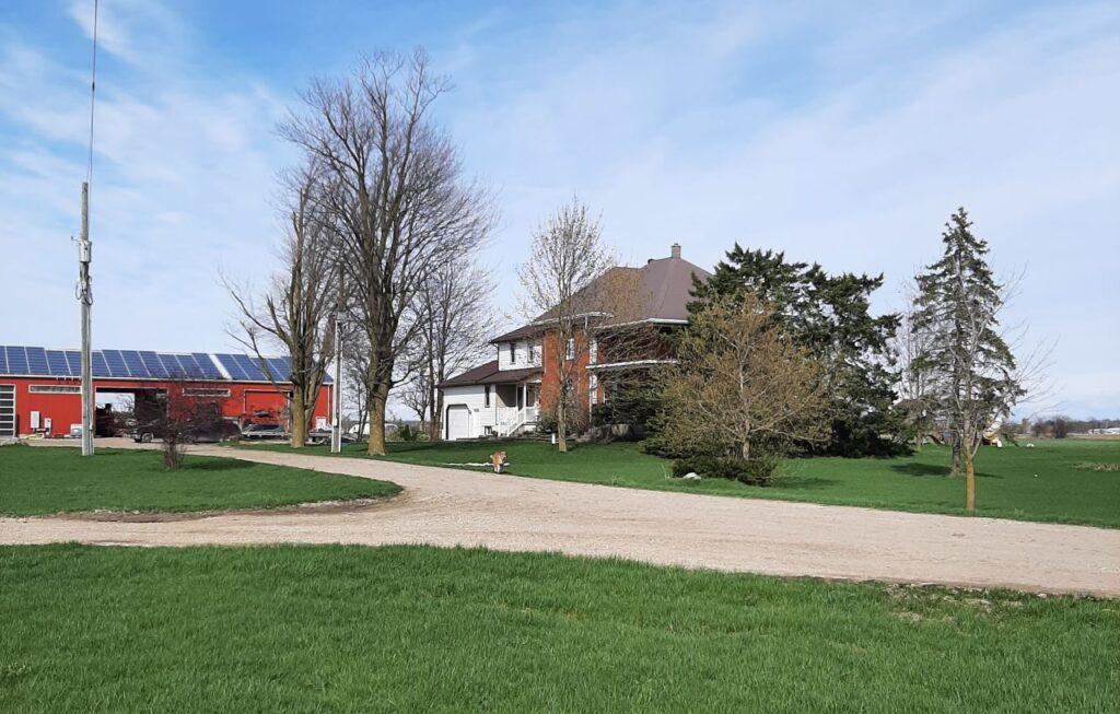 Ein Blick auf das Wohnhaus der Familie. Foto Jantzi Family