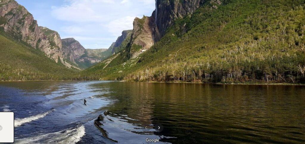 Virtuell mit dabei sein, Dank Parks Canada und Google Street View: In der Provinz Newfoundland & Labrador erwartet Dich die Schönheit des Gros Morne Nationalpark. Screenshot Google Maps