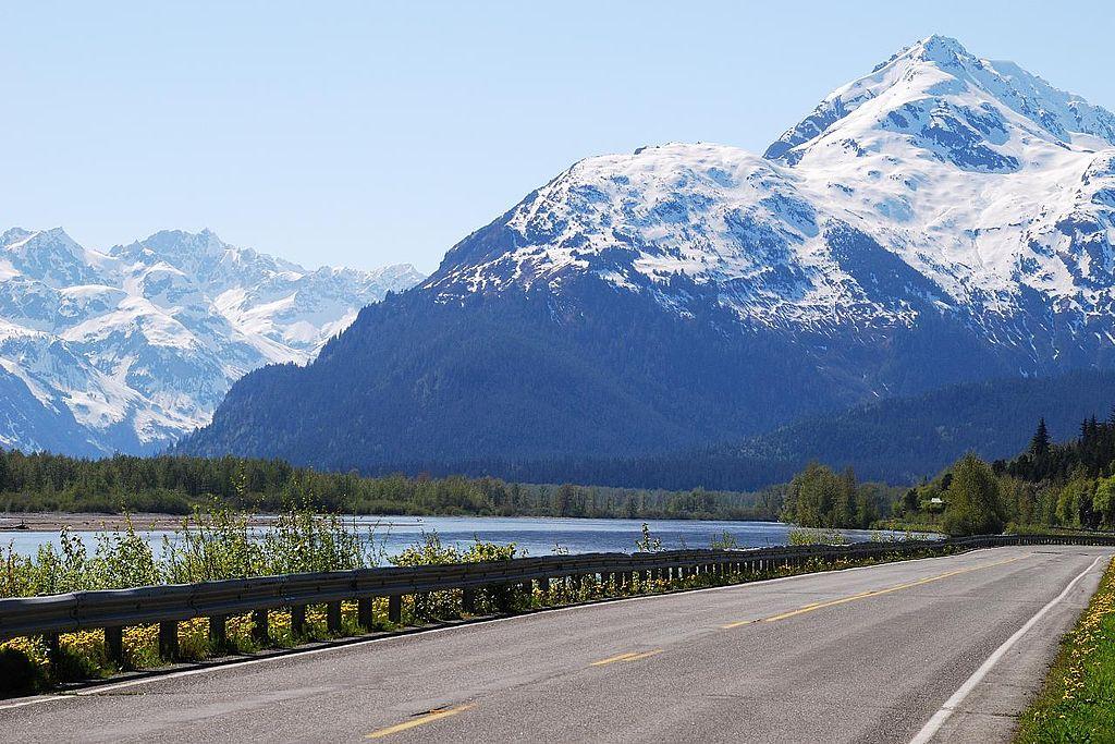Impression von der Haines Road. Foto Andrei / CC BY 2.0