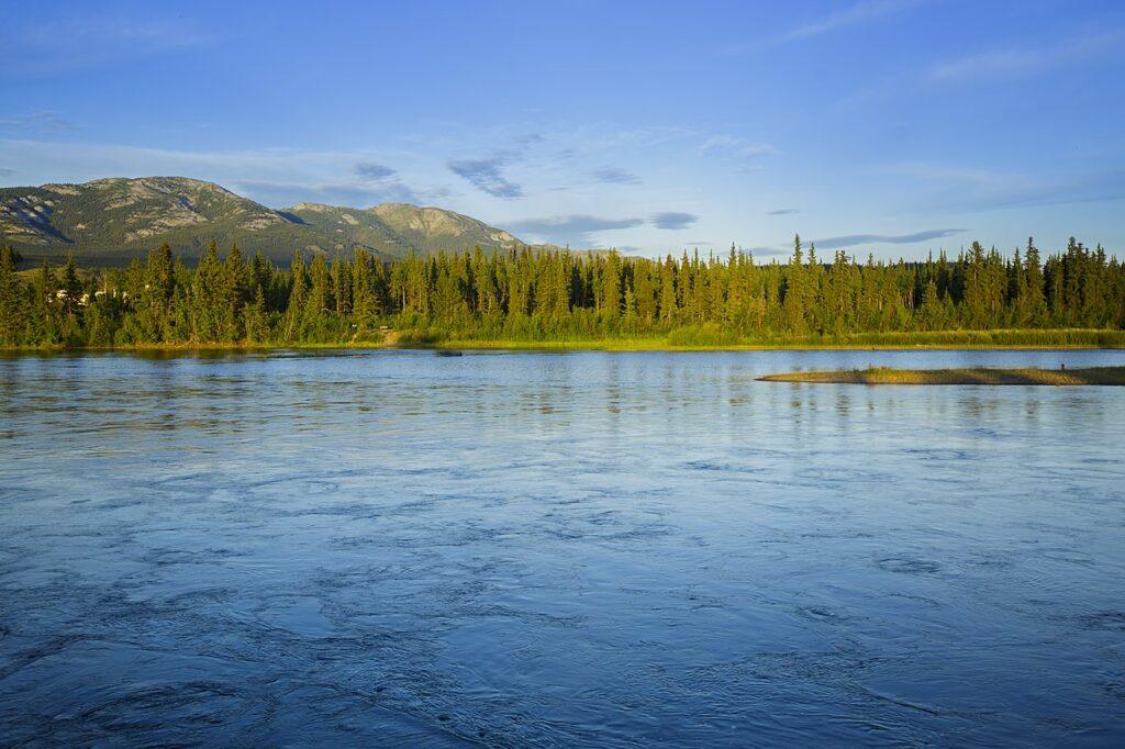 Landschaften entlang des Klondike Highway. Foto Thomas Fuhrmann / CC BY-SA 4.0